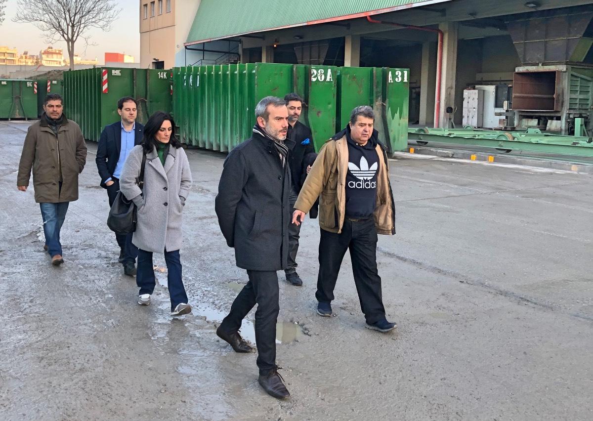 Επίσκεψη του υποψήφιου δημάρχου Θεσσαλονίκης Κ. Ζέρβα στον Σταθμό Μεταφόρτωσης Απορριμμάτων και στη Διεύθυνση Κοινωνικών Υπηρεσιών του Δήμου Θεσσαλονίκης.
